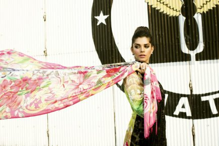 Crimson & Saira Shakira Collaborate to Launch Crimson Luxe featuring Sanam Saeed as the face of the campaign (2)