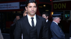 Farhan Akhtar wins at the Asian Achievers Awards 2017