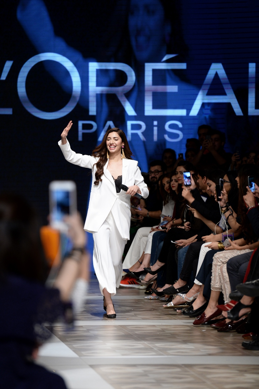 L'ORÉAL PARIS HAIR CARE LOCAL SPOKESPERSON MAHIRA KHAN [F] (1)
