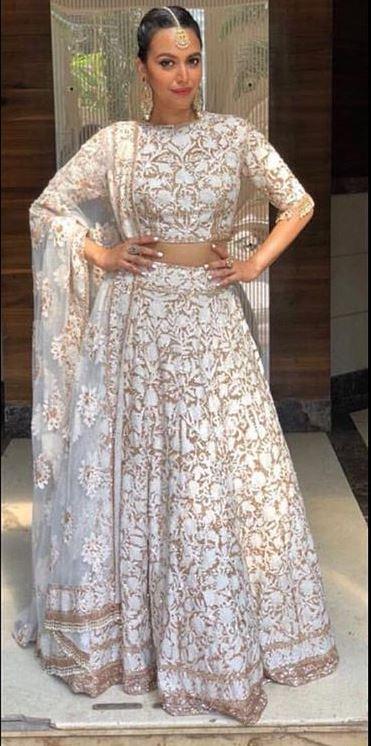 Swara Bhaskar d